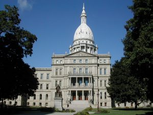 the state capital building in Lansing